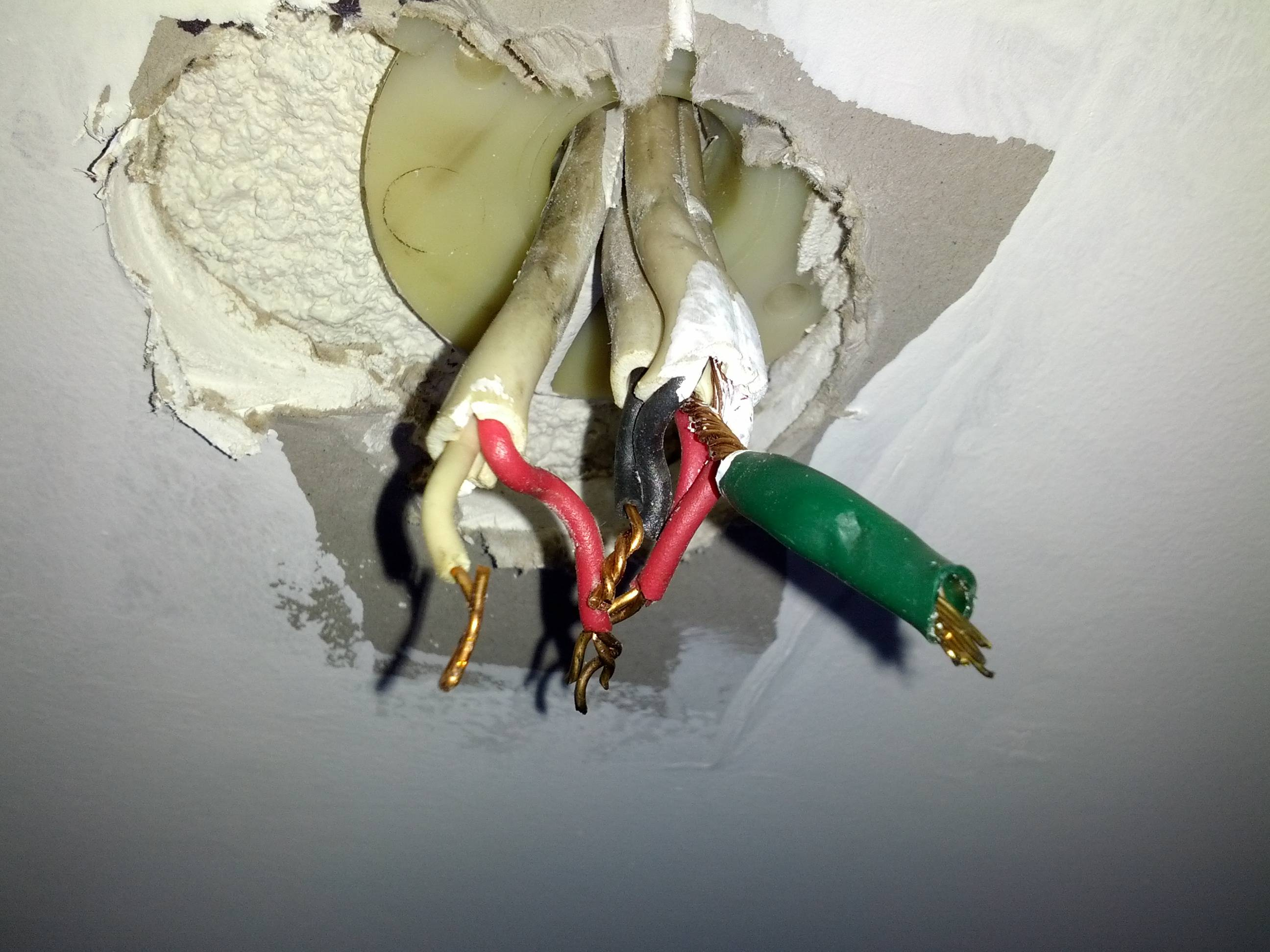 Electrical - Why Is My Australian Light Fixture Wired This Way - Light Socket Wiring Diagram